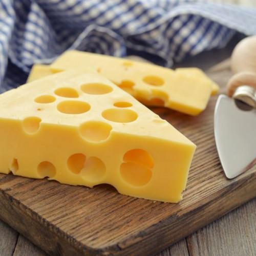 Оптовая продажа сыра в Санкт-Петербурге
